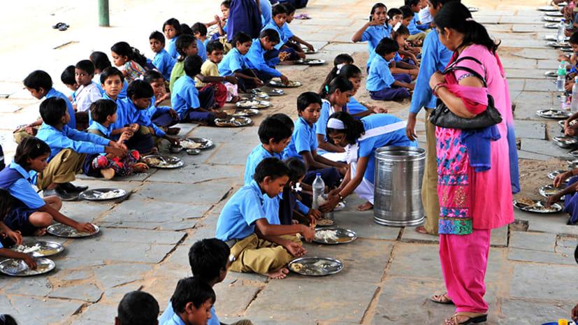 बिहार में MDM के परफॉर्मेंस को लेकर जिलों की रैंकिंग जारी, जानिए कौन अव्वल-कौन फिसड्डी