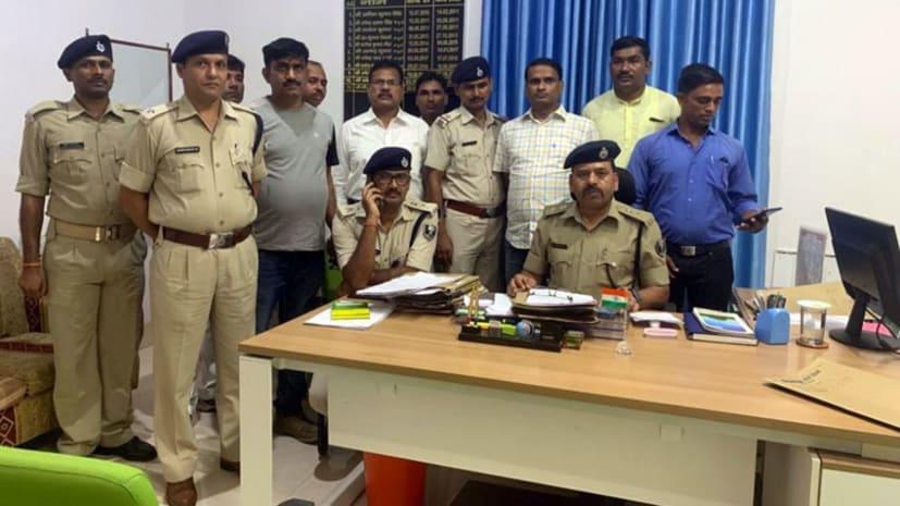 मुजफ्फरपुर पुलिस का एलान, सारण के शहीद दारोगा और कांस्टेबल के परिजनों के देंगे अपना एक दिन का वेतन