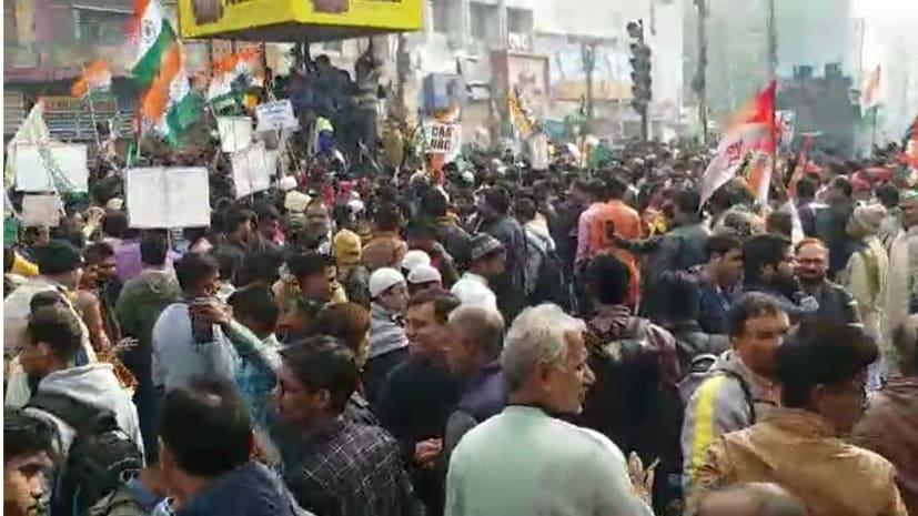 पटना पुलिस के सारे दावे फेल, डाकबंगला पर RJD समर्थकों ने किया कब्जा