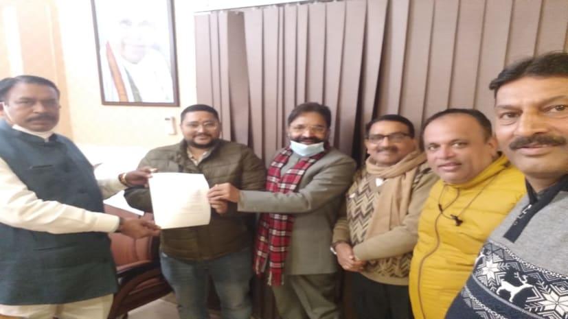 बोकारो के कुमार रवि को चुना गया झारखंड प्रदेश यूथ इंटक का प्रदेश अध्यक्ष, नेताओं ने दी बधाई