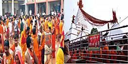 सावन के पहले सोमवार पर देवघर के बाबा मंदिर में उमड़ी श्रद्धालुओं की भीड़