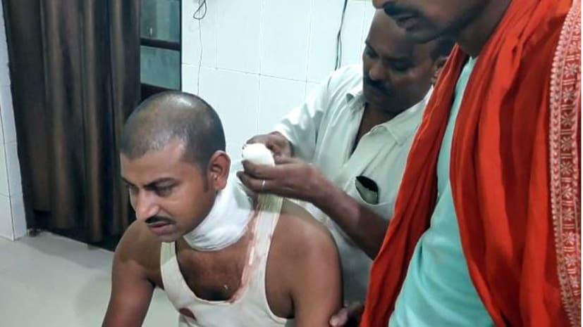 उधार मोबाइल रिचार्ज करने से मना करने पर दुकानदार काटा गला, आरोपी गिरफ्तार