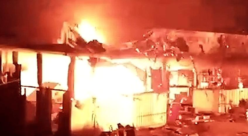 युवक की हत्या के बाद बवाल,आक्रोशित लोगों ने होटल में लगाई आग,तोड़फोड़