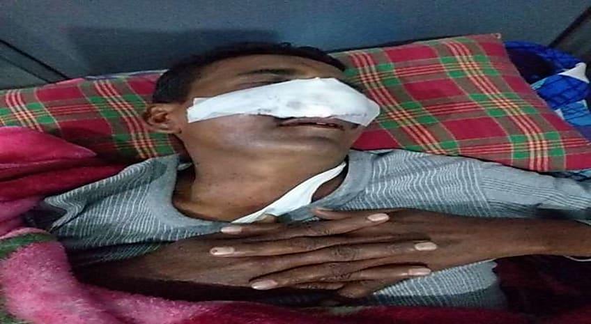 बक्सर में RJD नेता ने दारू पीकर सड़क पर पुलिस को भर दल गरियाया, पुलिस ने पकड़ा तो समर्थकों ने पुलिस को पीटा और दारुबाज नेता को छुड़ा ले  गए