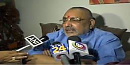 गिरिराज सिंह ने  सीएम नीतीश कुमार पर फिर बोला हमला, कहा–कइयों को संन्यास दिलवाने के बाद लूंगा संन्यास