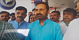बिहार महागठबंधन में फूट, मांझी के बाद कांग्रेस ने भी राजद को दिखाई आंख, पार्टी तय करेगी अलग रास्ता