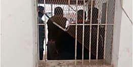 चोरों ने जदयू नेता के पेट्रोल पम्प पर मचाया तांडव, खिड़की तोड़कर गायब किये रूपये