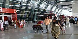 दिल्ली IGI एयरपोर्ट पर 82 उड़ानें रद्द, फ्लाइट कैंसिल होने से मुसाफिर परेशान