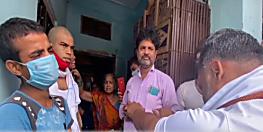 बिहार में ऑक्सीजन के लिए सुप्रिटेंडेंट मांगते हैं पैसा, मृतक के हाथ से निकाल लेते हैं अंगूठी