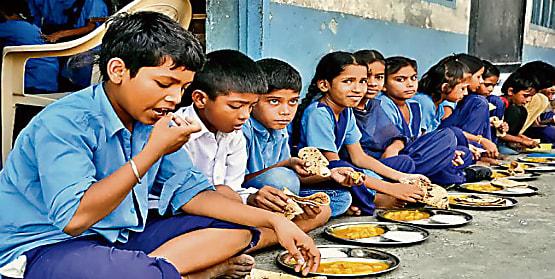 मिड डे मिल योजना की भोजन दर में मामूली बढ़ोतरी,जानिए कितने पैसे की हुई वृद्धि