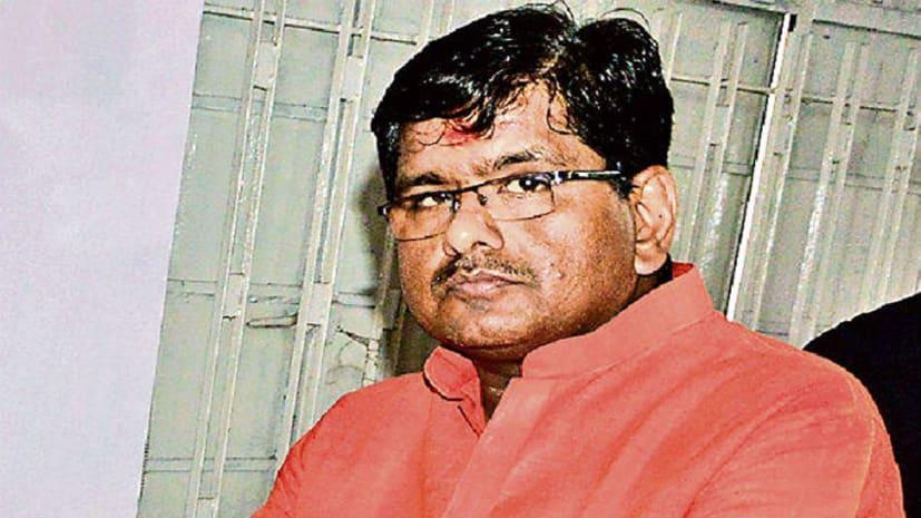 40 मतों के अंतर से पटना के डिप्टी मेयर की कुर्सी गयी, अविश्वास प्रस्ताव में हारे विनय कुमार पप्पू