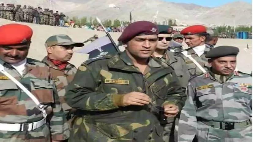 धोनी 31 जुलाई से सेना के साथ कश्मीर में रहेंगे तैनात, निभाएंगे ये जिम्मेदारी