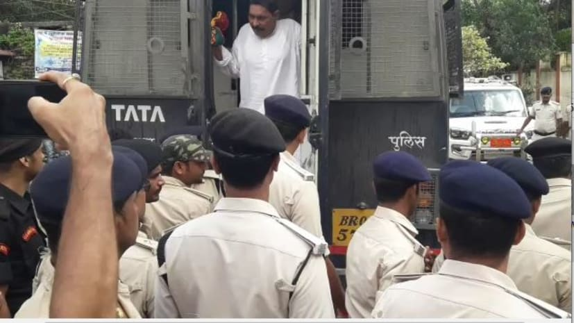 अनंत सिंह और उनके समर्थकों से खौफ में है पटना पुलिस ? गिरफ्तार करने में विफल रहने के बाद अब रफ्तार दिखाने का मतलब क्या...