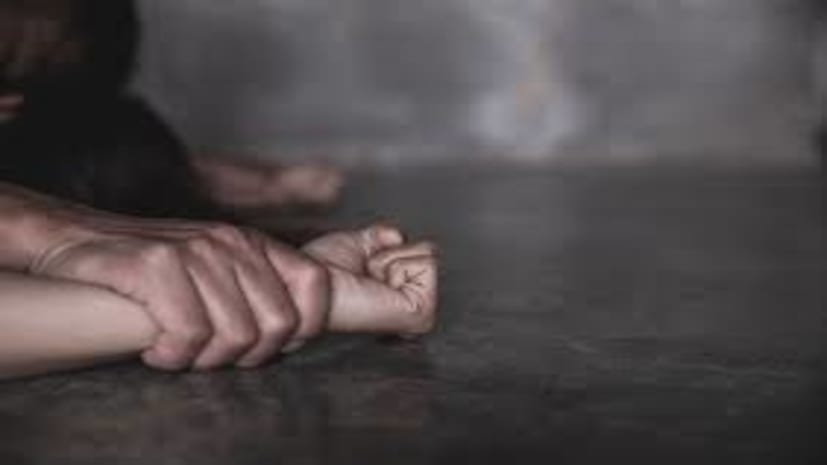 मुजफ्फरपुर में मानवता शर्मसार, 6 महीने के बच्चे के सिर पर पिस्टल रखकर शादीशुदा महिला के साथ गैंगरेप