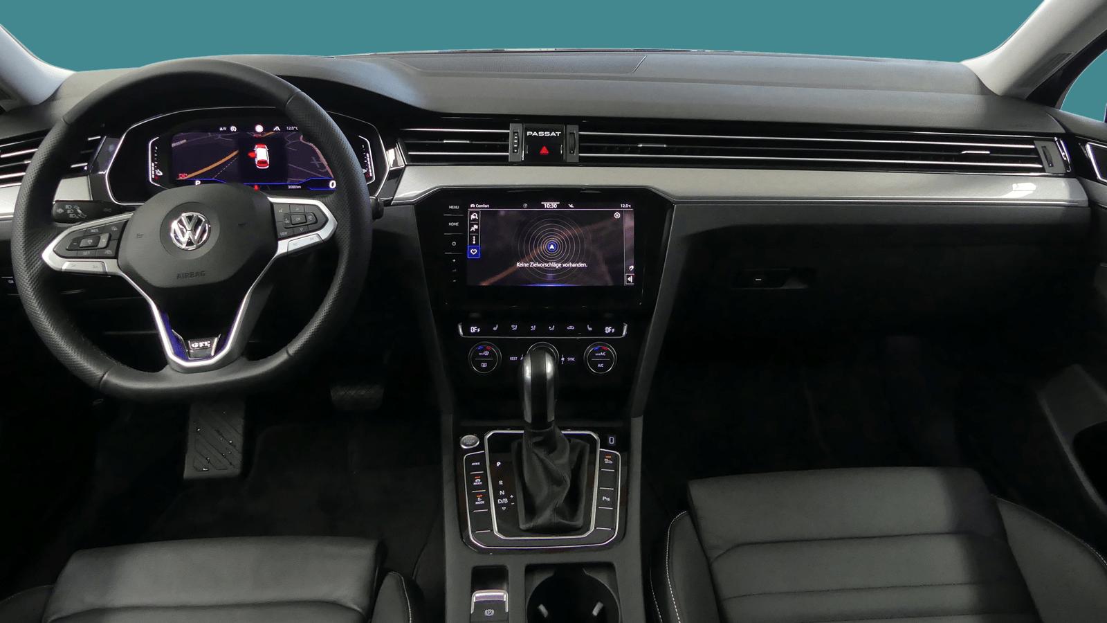VW Passat Variant Black interior - Clyde car subscription