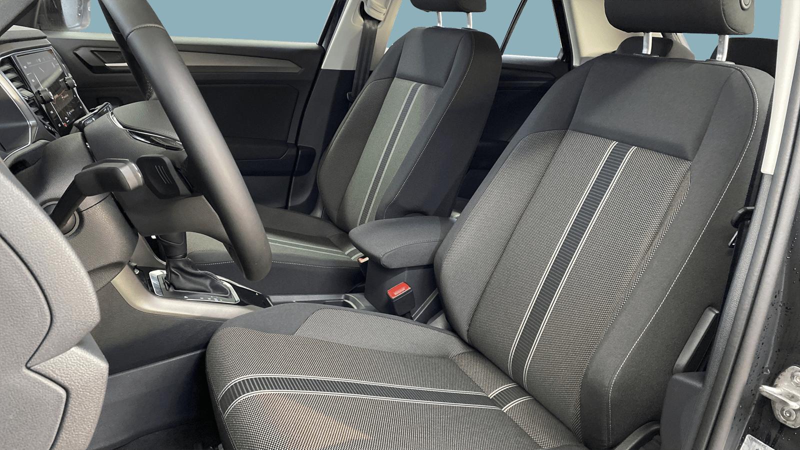 VW T-Roc Schwarz interior - Clyde Auto-Abo
