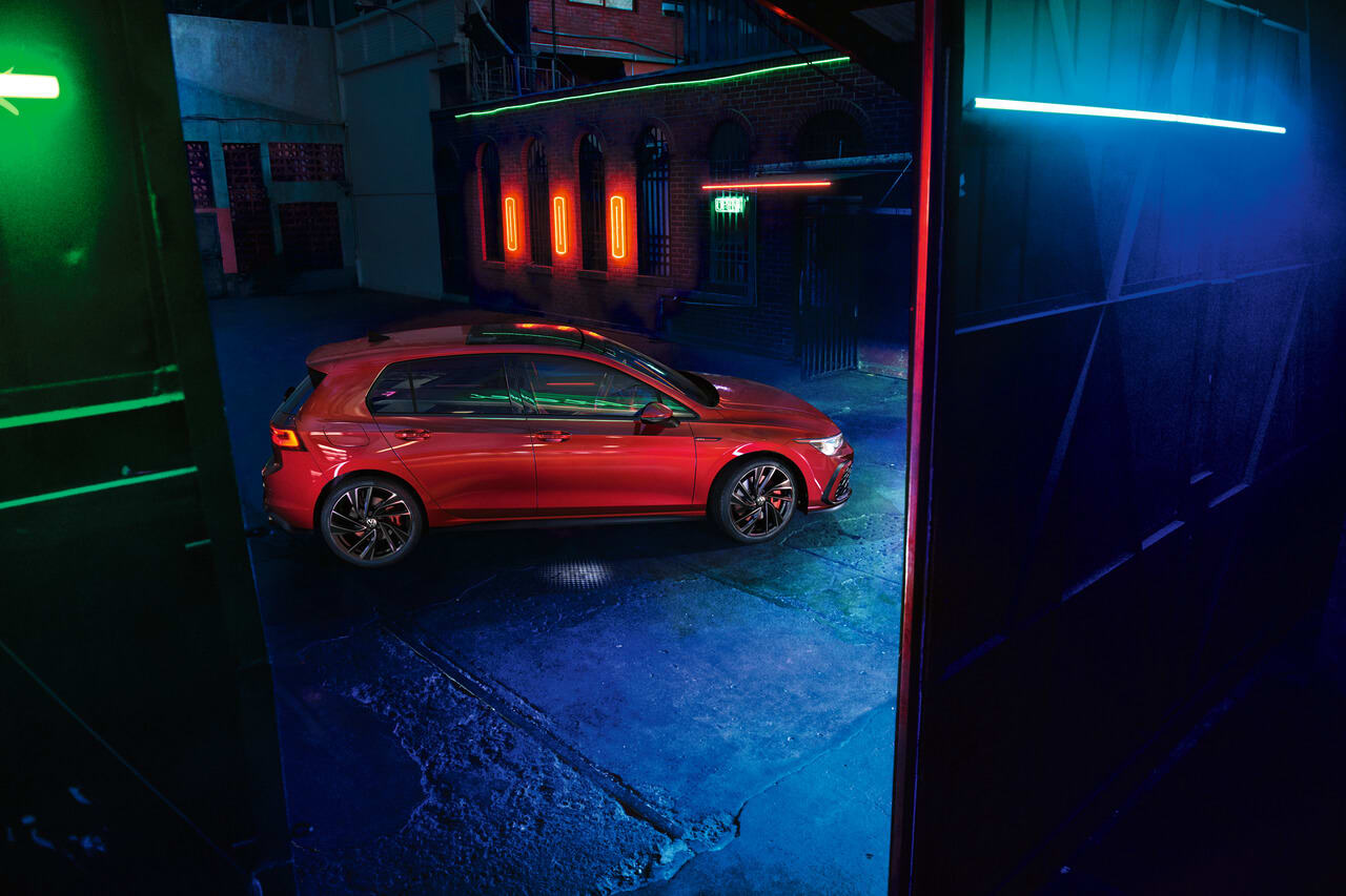 The new VW Golf 8 GTI with the car subscription from Clyde
