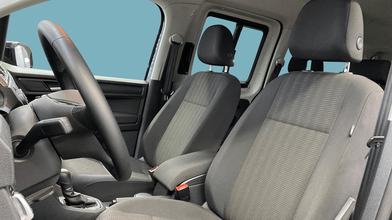 VW Caddy Maxi Black interior - Clyde car subscription