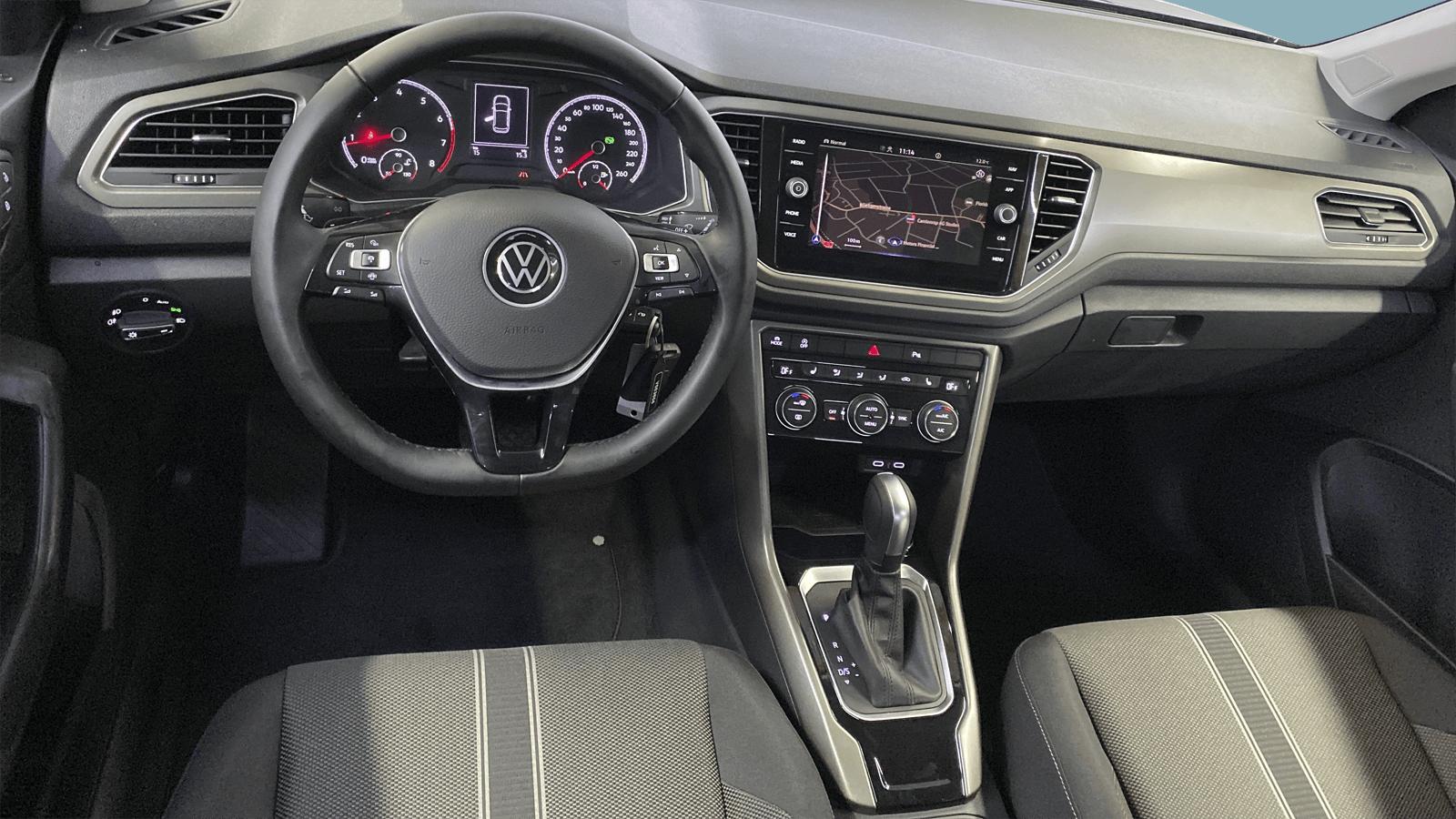 VW T-Roc Grau interior - Clyde Auto-Abo