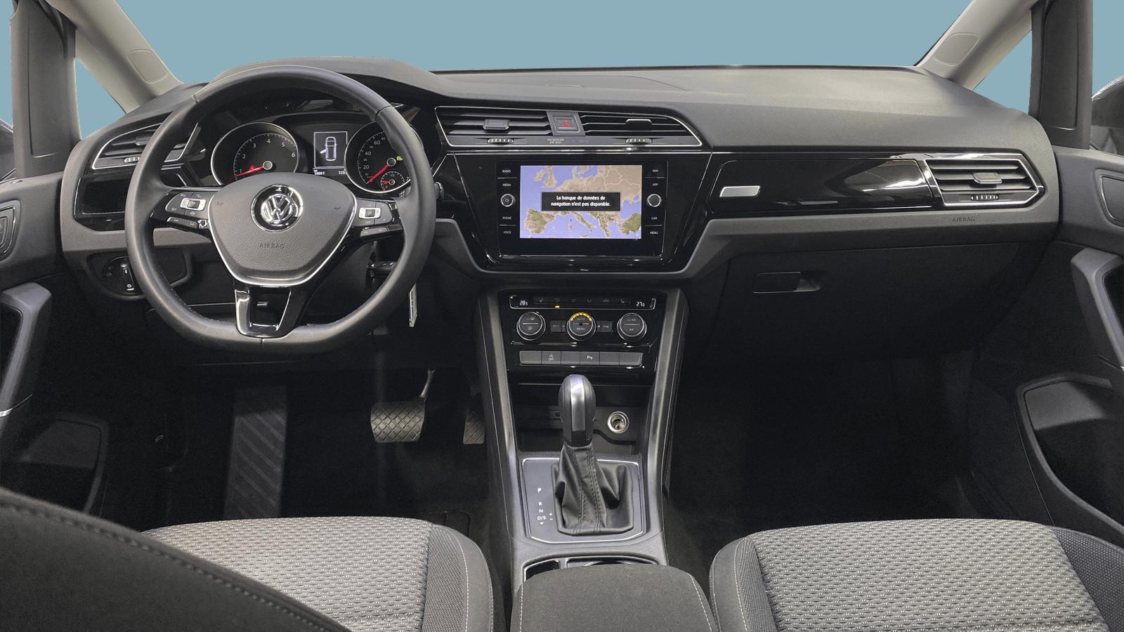 VW Touran Grau interior - Clyde Auto-Abo