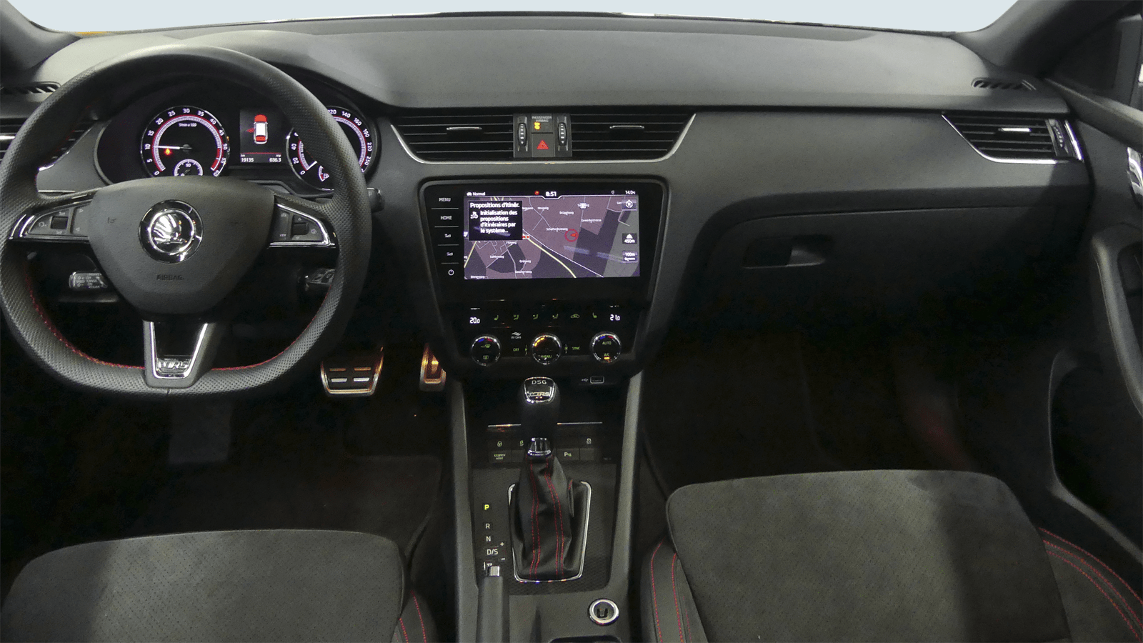 ŠKODA Octavia Combi RS Grau interior - Clyde Auto-Abo
