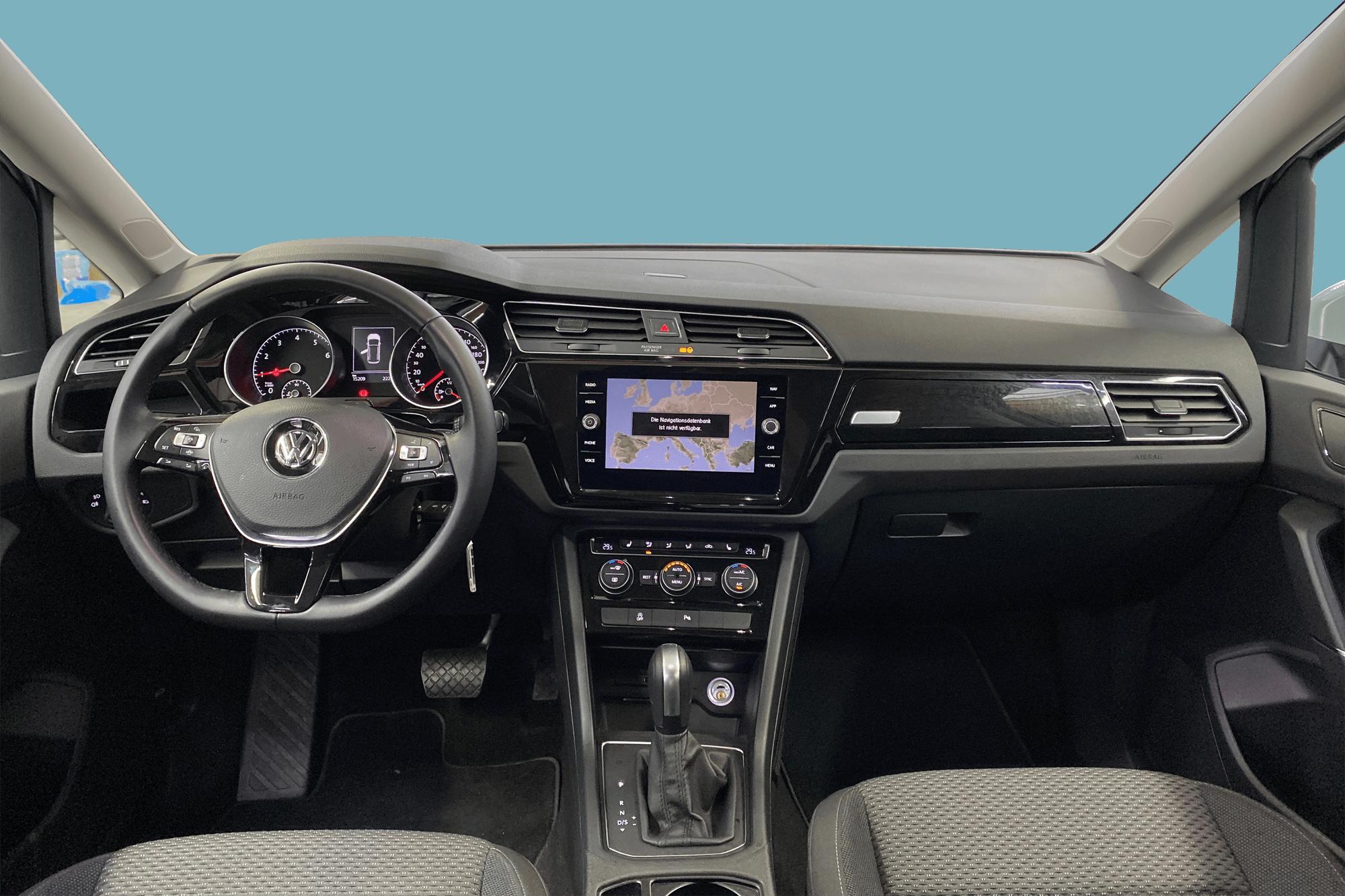 VW Touran White interior - Clyde car subscription