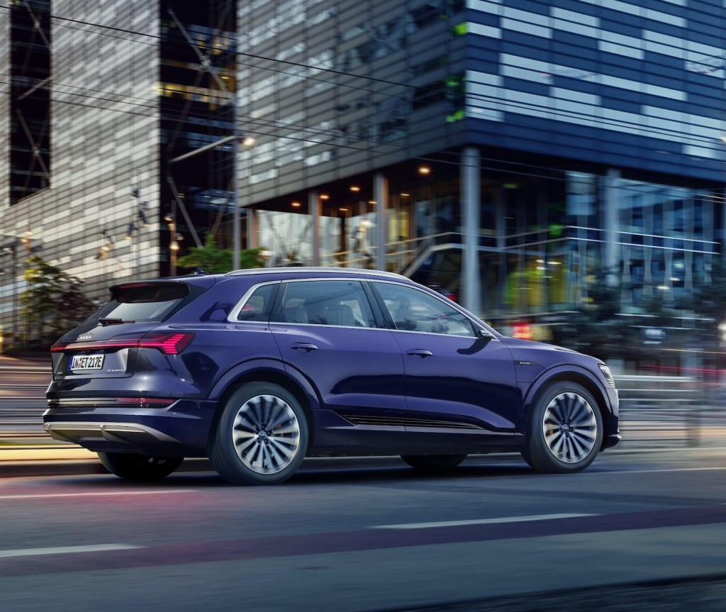 The new Audi e-tron quattro with the Clyde car subscription