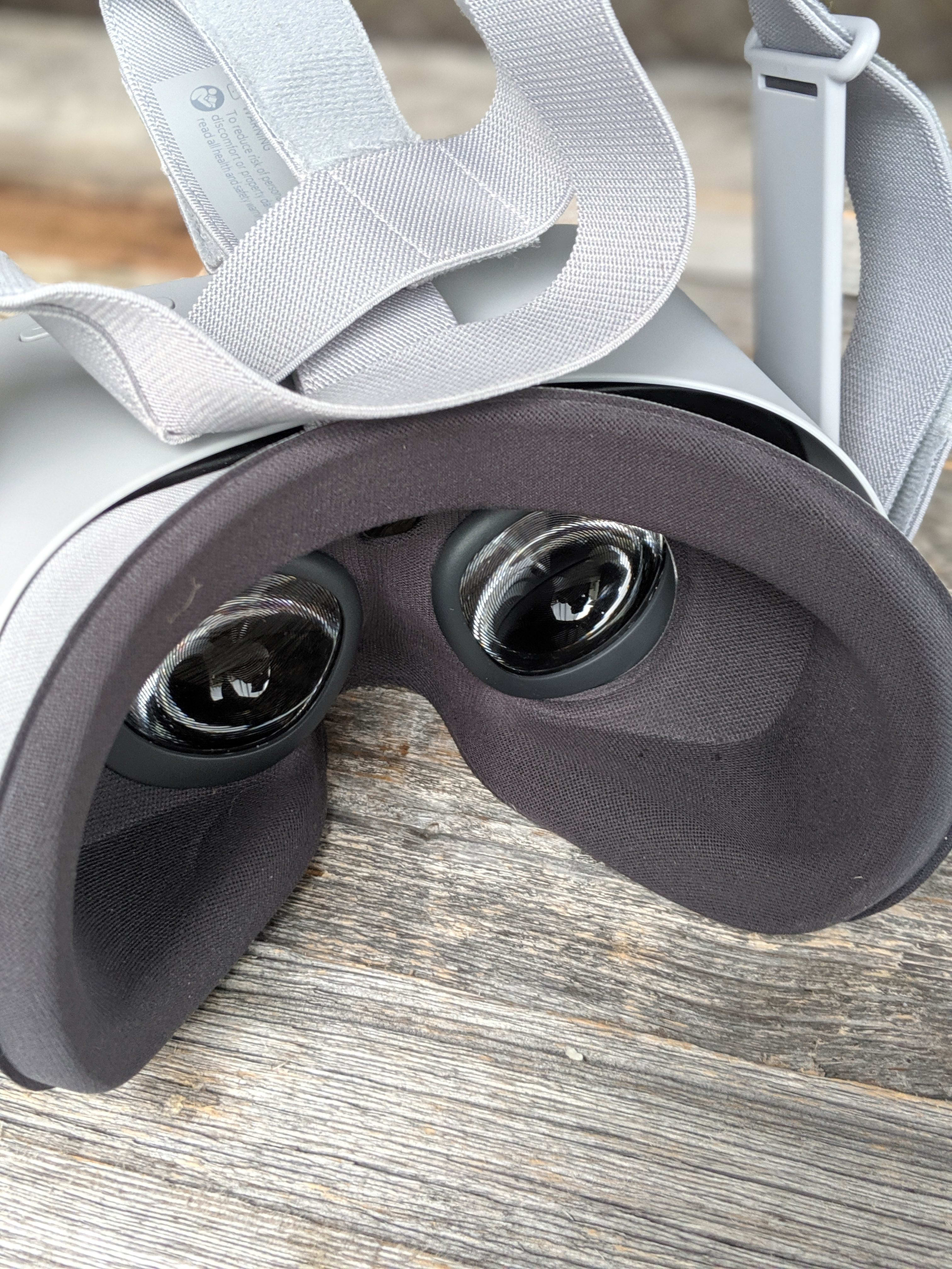 oculus Go review - The Headset Lenses