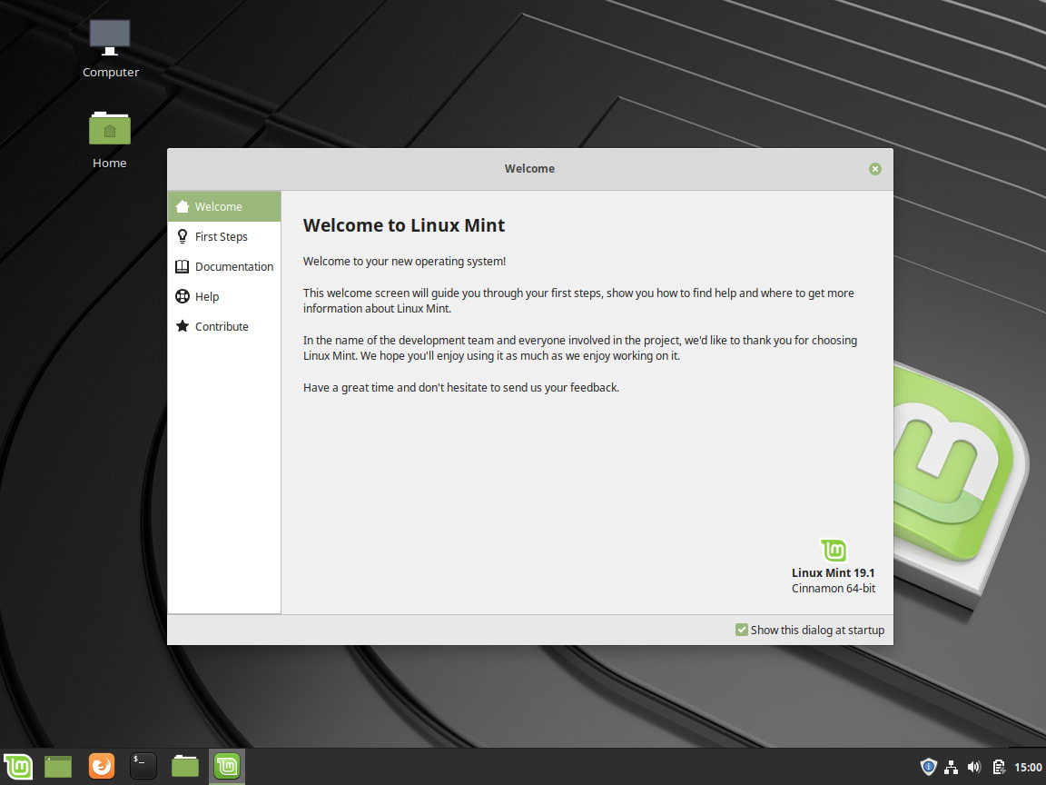 Linux Mint Review - Welcome Screen