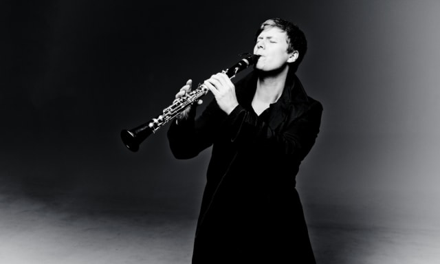 Clarinetist Sebastian Manz Honored as Lincoln Center Emerging Artist