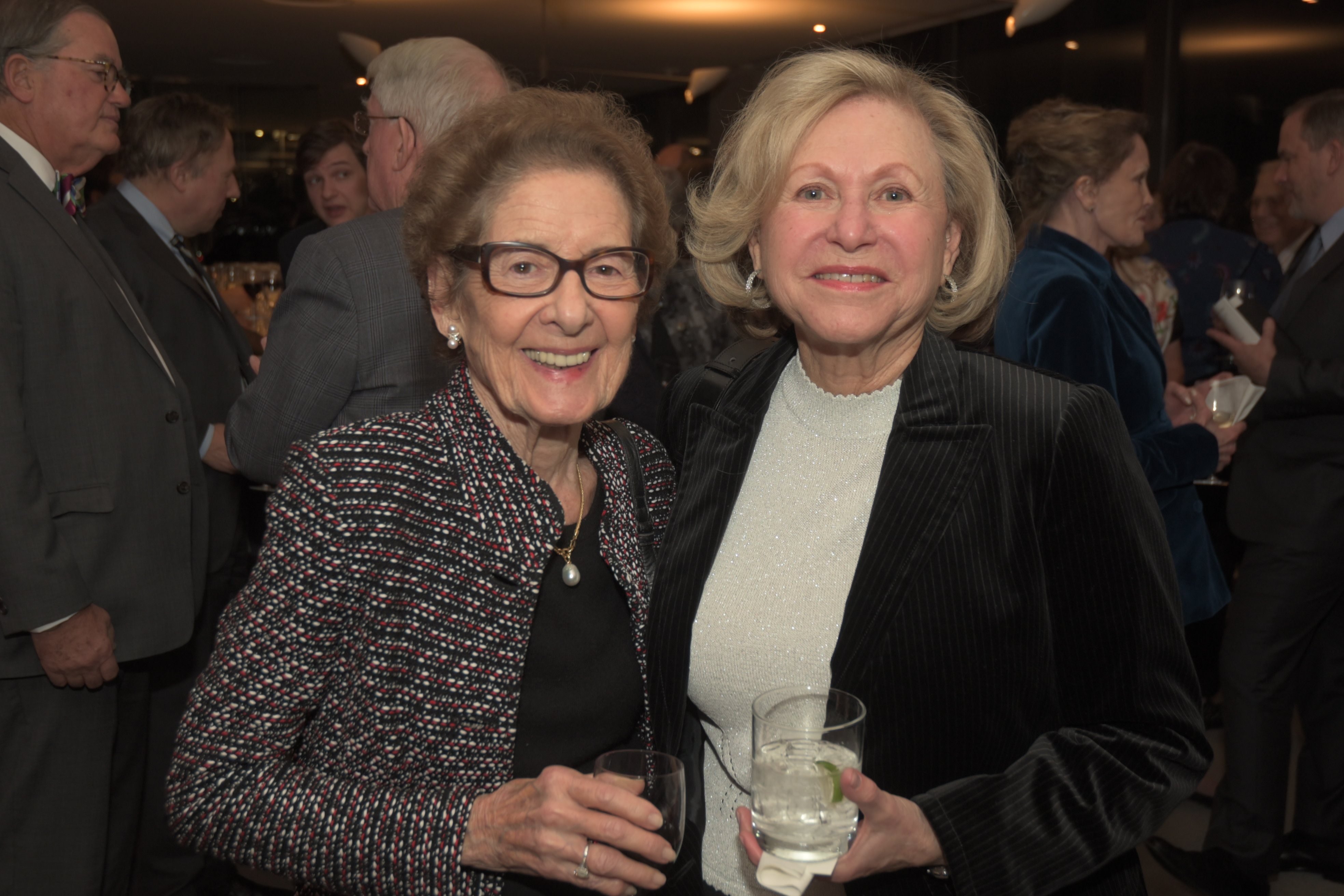 Ellen Schiff, Barbara Pelson