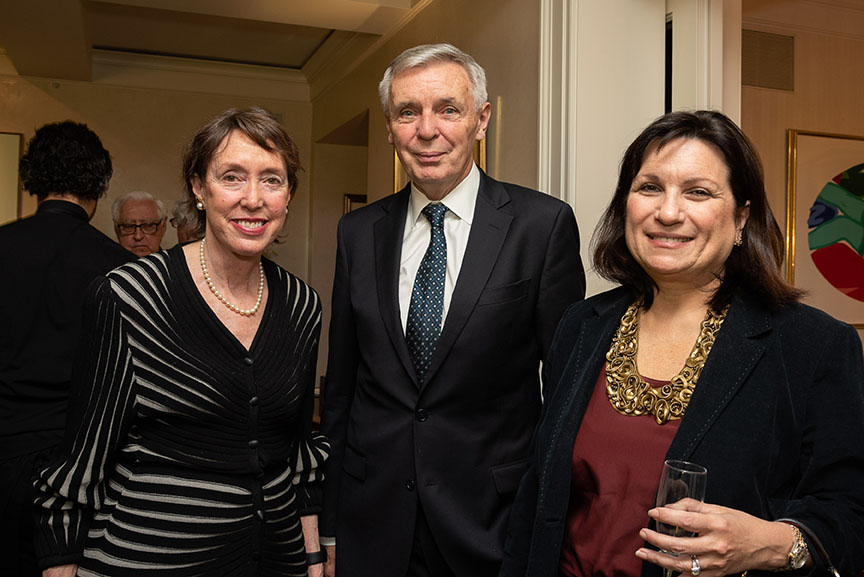 Suzanne Davidson, Sean O'Brien, Elda Di Re