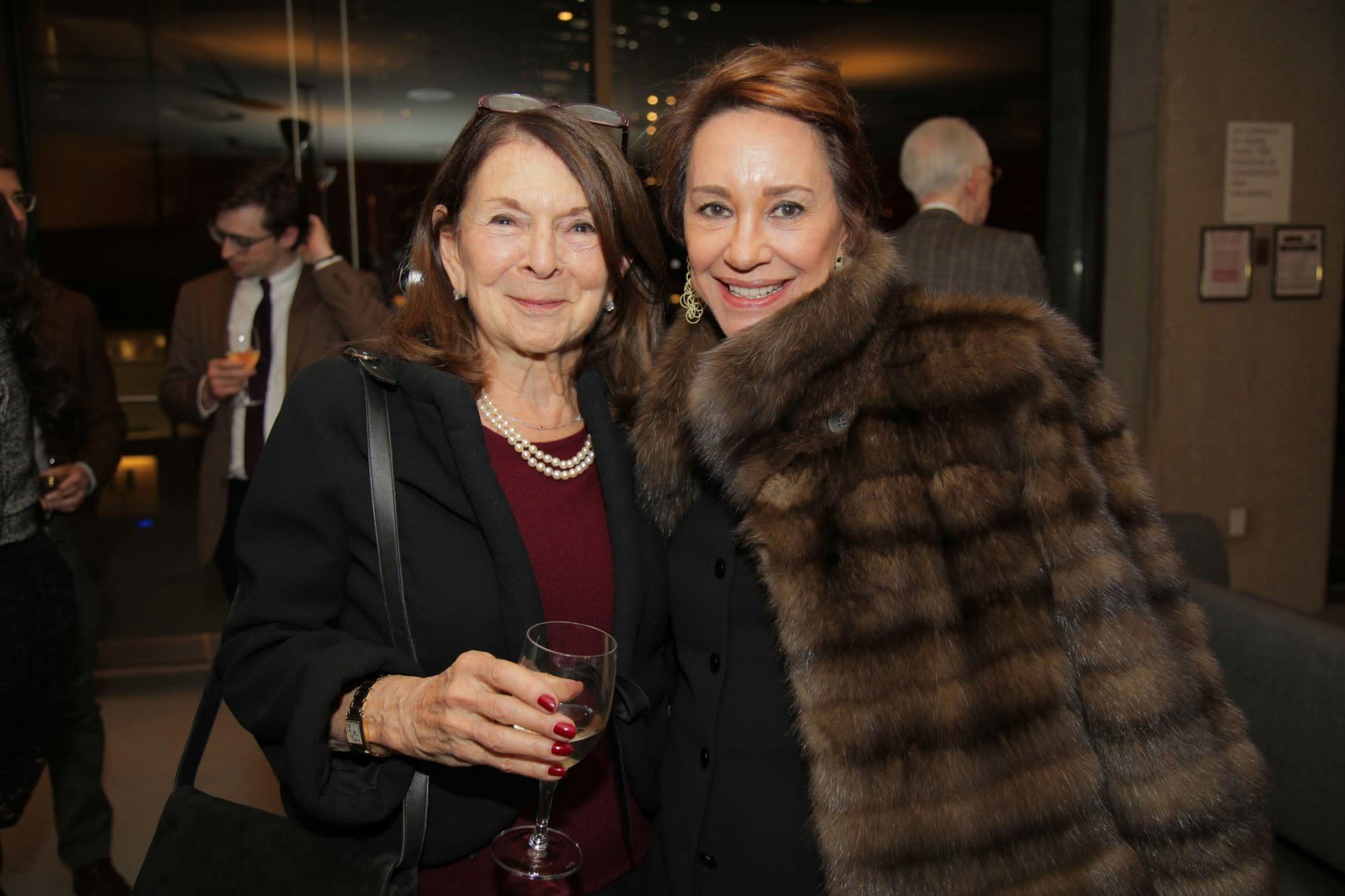Priscilla Kauff, Andrea Walton