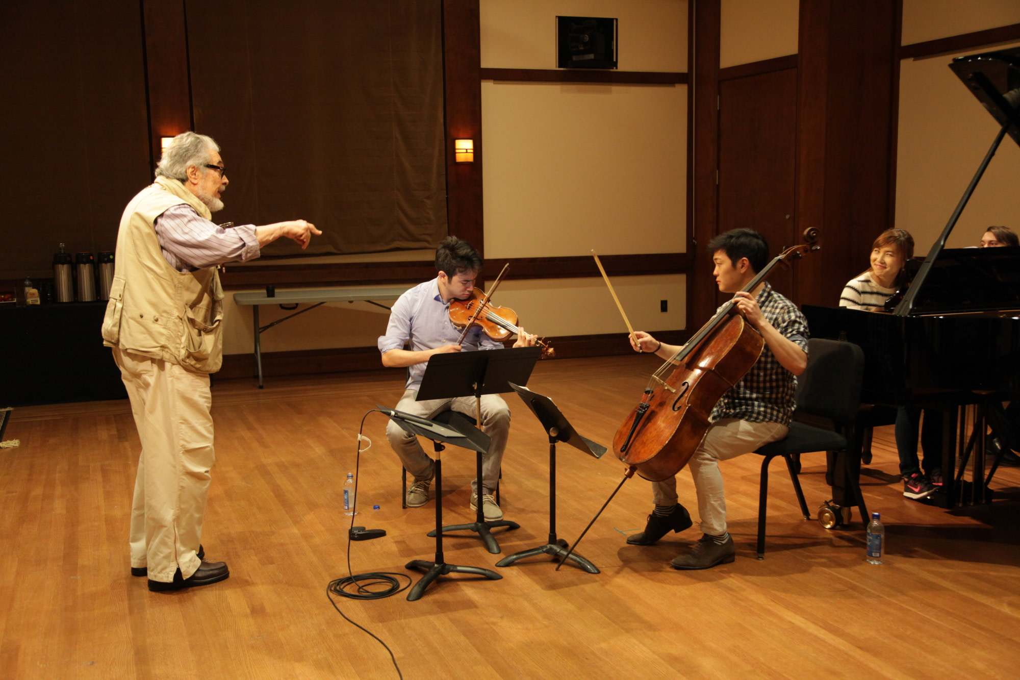 Leon Fleisher with students