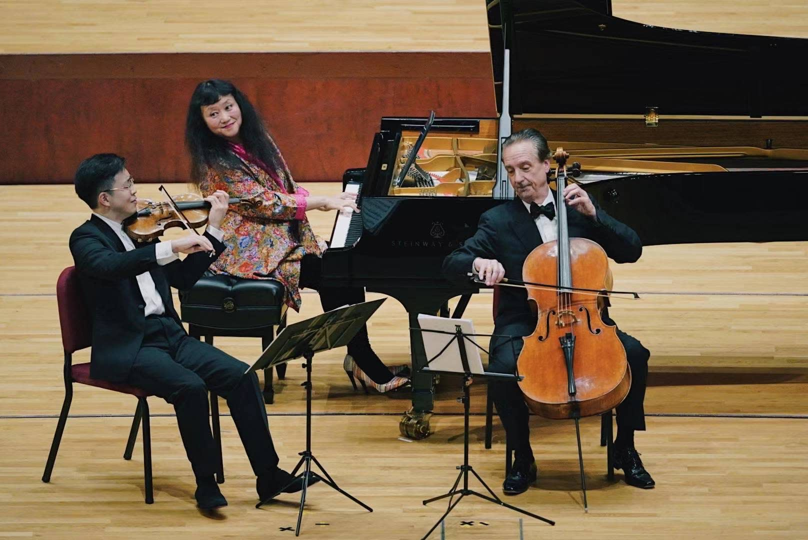 Violinist Paul Huang, pianist Wu Han, cellist David Finckel perform at the National Kaohsiung Center for the Arts - Weiwuying.