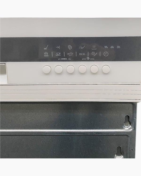 Lave-vaisselle Encastrable simple electrolux ASI64010W 3