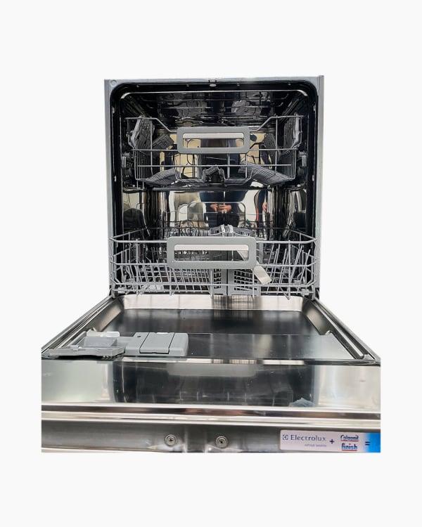 Lave-vaisselle Encastrable simple electrolux ASI64010W 2