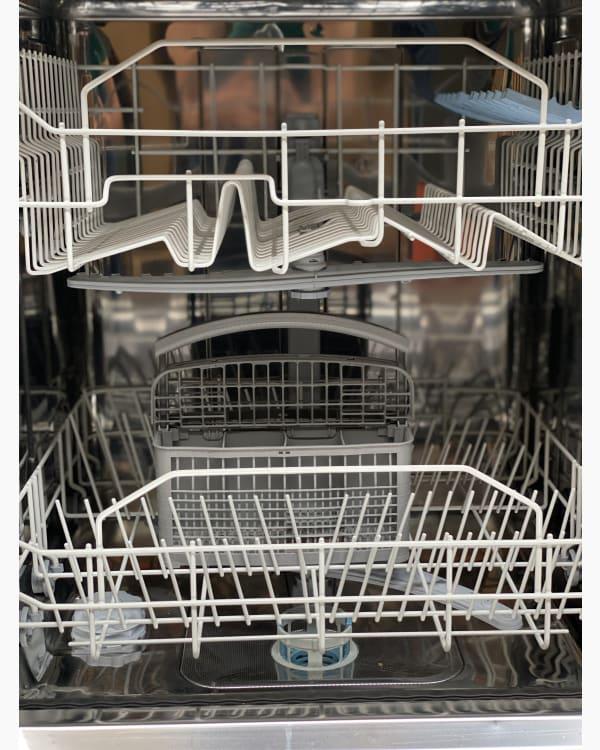 Lave-vaisselle Pose libre indesit DFP 273SFR 4