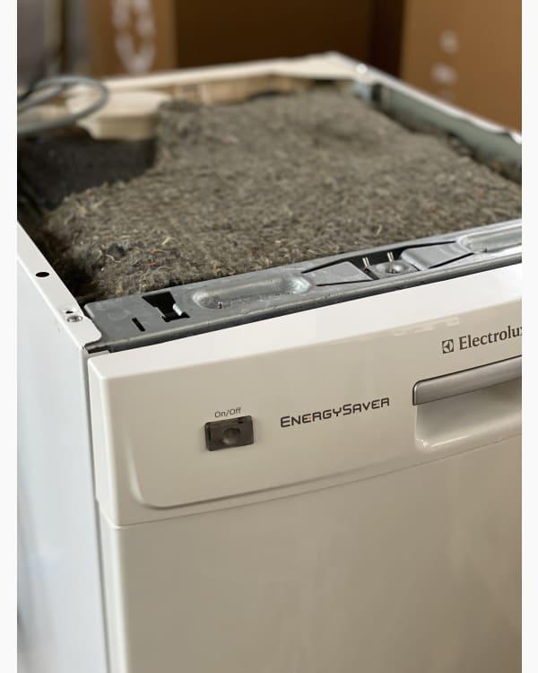 Lave-vaisselle Pose libre electrolux ESF47005 2