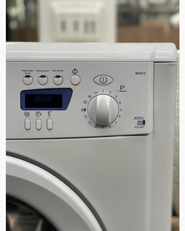 Lave-linge Ouverture frontale indesit WIXE12 2