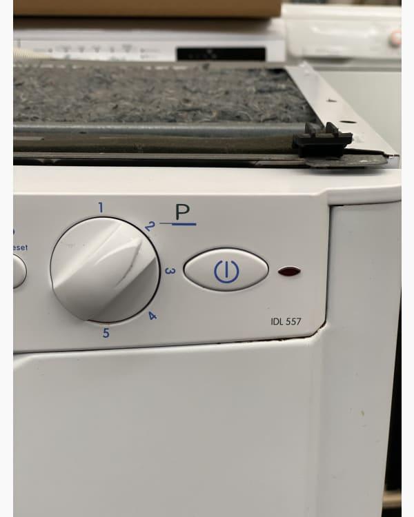 Lave-vaisselle Pose libre indesit IDL557 3