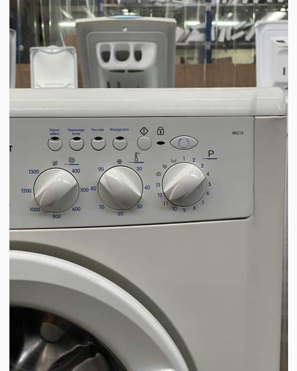 Lave-linge Ouverture frontale indesit WIL13 2