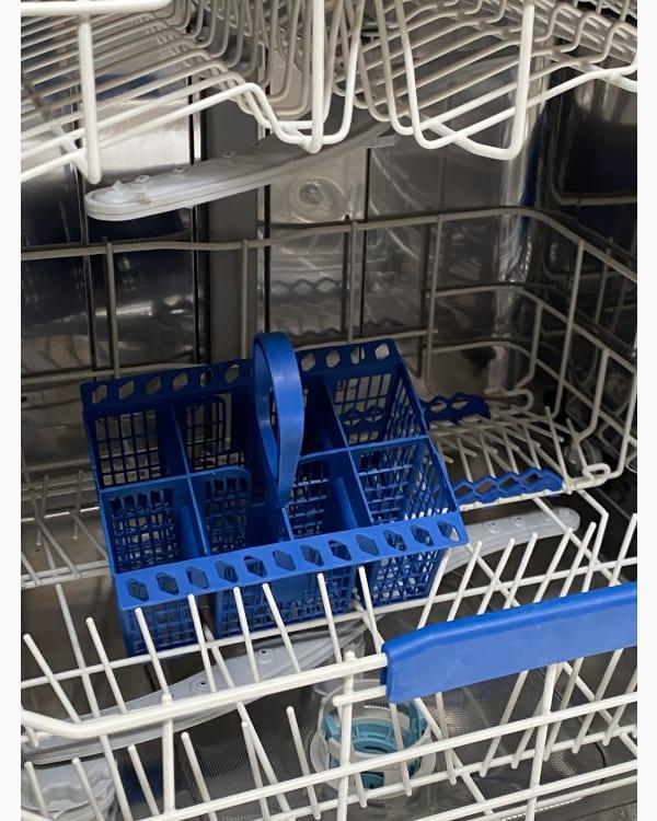 Lave-vaisselle Pose libre indesit DFP2631 4