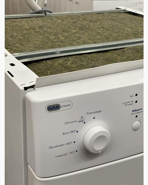 Lave-vaisselle Pose libre indesit dfg26b1 2