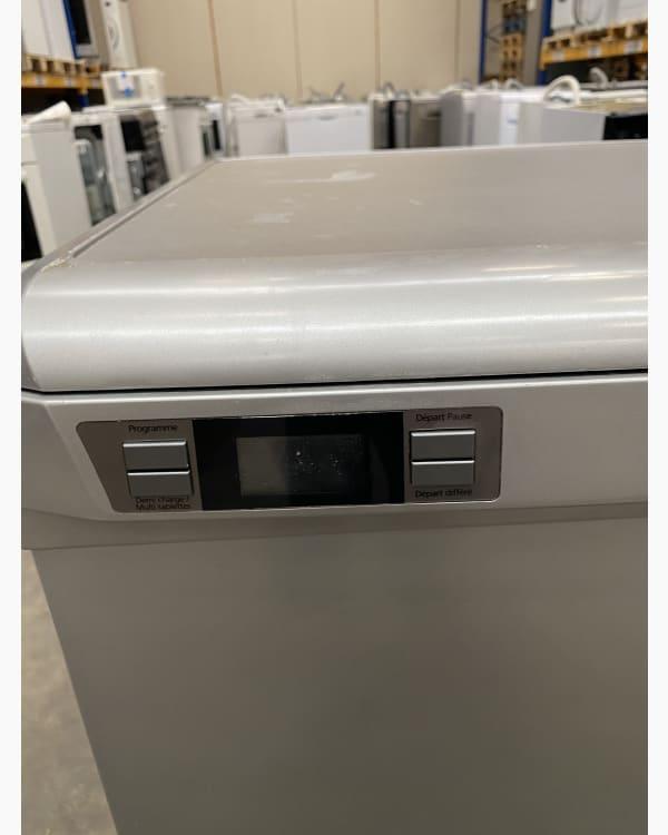 Lave-vaisselle Pose libre BEKO DSFN5610S 2