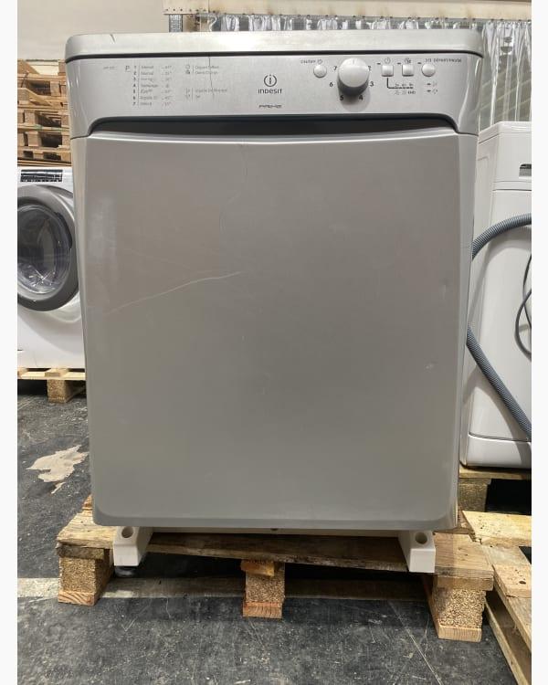 Lave-vaisselle Pose libre INDESIT DFP 273 2