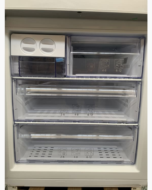 Réfrigérateur Réfrigérateur combiné Beko RCNE720E20DZXP 5