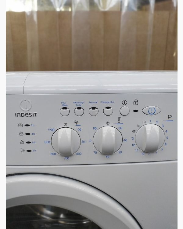 Lave-linge Ouverture frontale Indesit WIL12 3