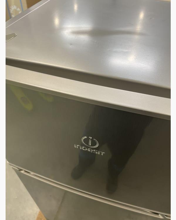 Réfrigérateur Réfrigérateur combiné Indesit I55TM4110 4