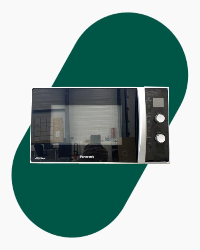 Four micro-ondes Pose libre Panasonic Nncd565b 1